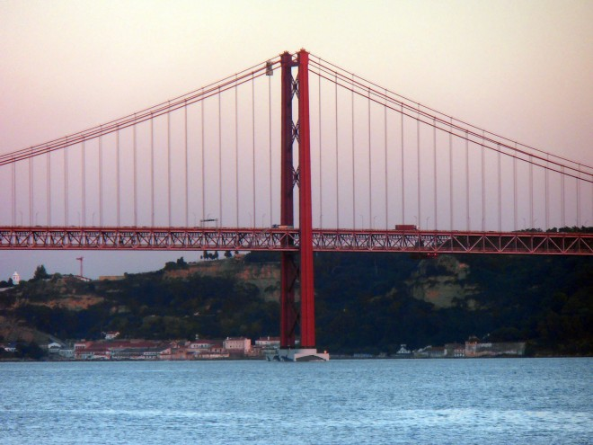 The Golden Gate Bridge doppelganger: the Ponte 25 de Abril Bridge, Lisbon, Portugal